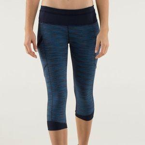 Lululemon size 4 Crop pants blue